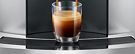 Ekspres do kawy jura e8 touch platinum w srebrno-czarnych kolorach